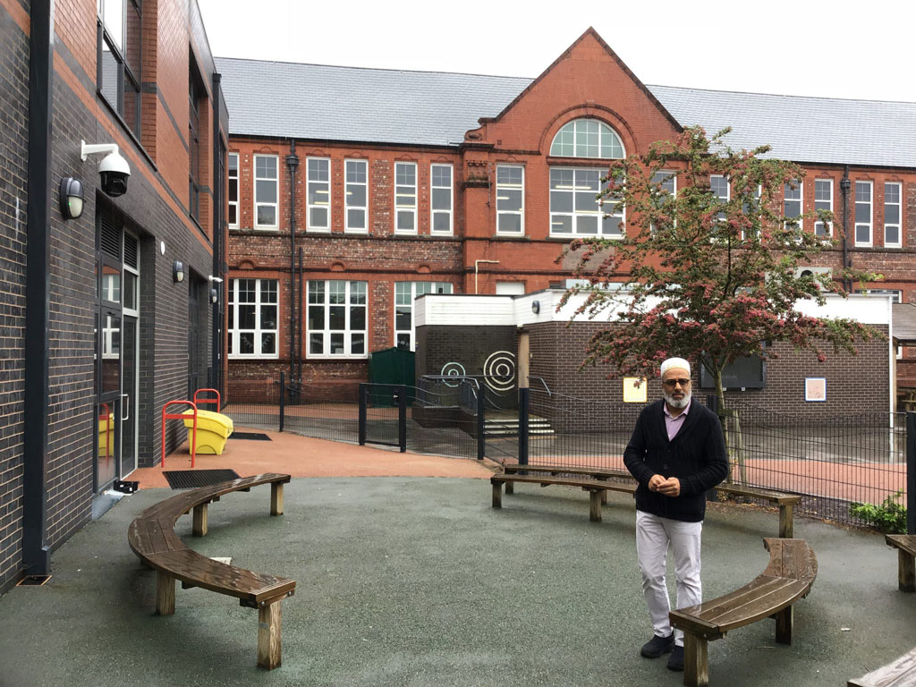 Hatim Kapacee at Heald Place Primary School, Manchester